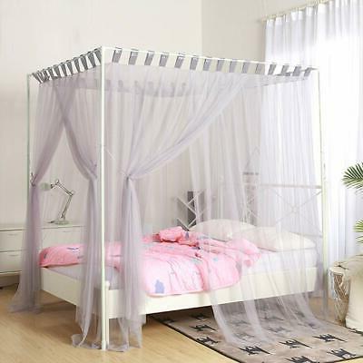 Mengersi Post Curtain Bed